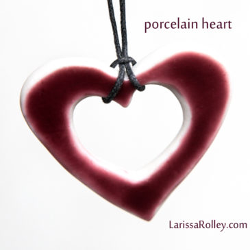 Porcelain Heart – deep pink
